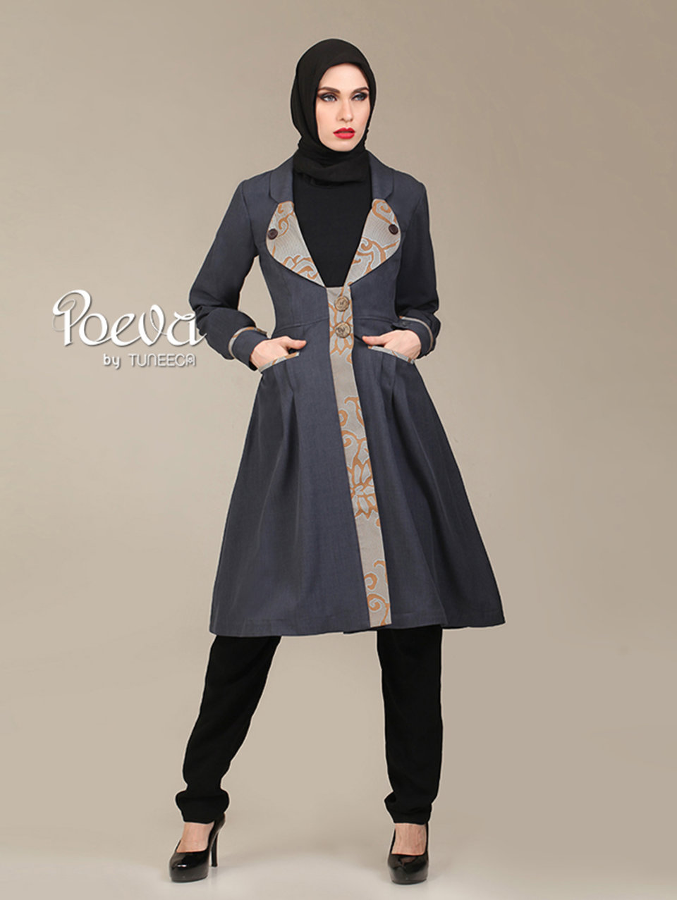 06 Hazel Grey Coat