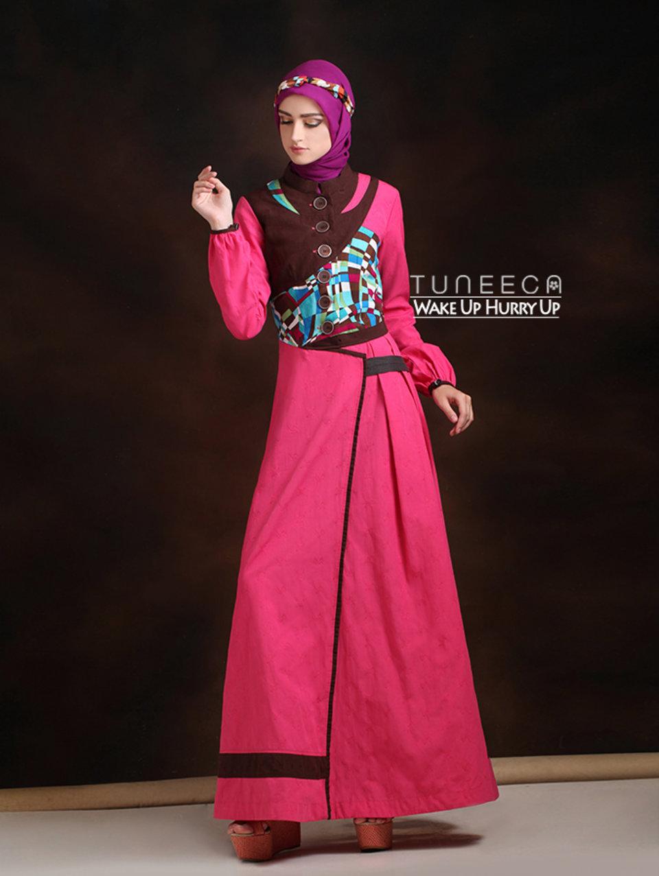 36 Baju muslim modis pink