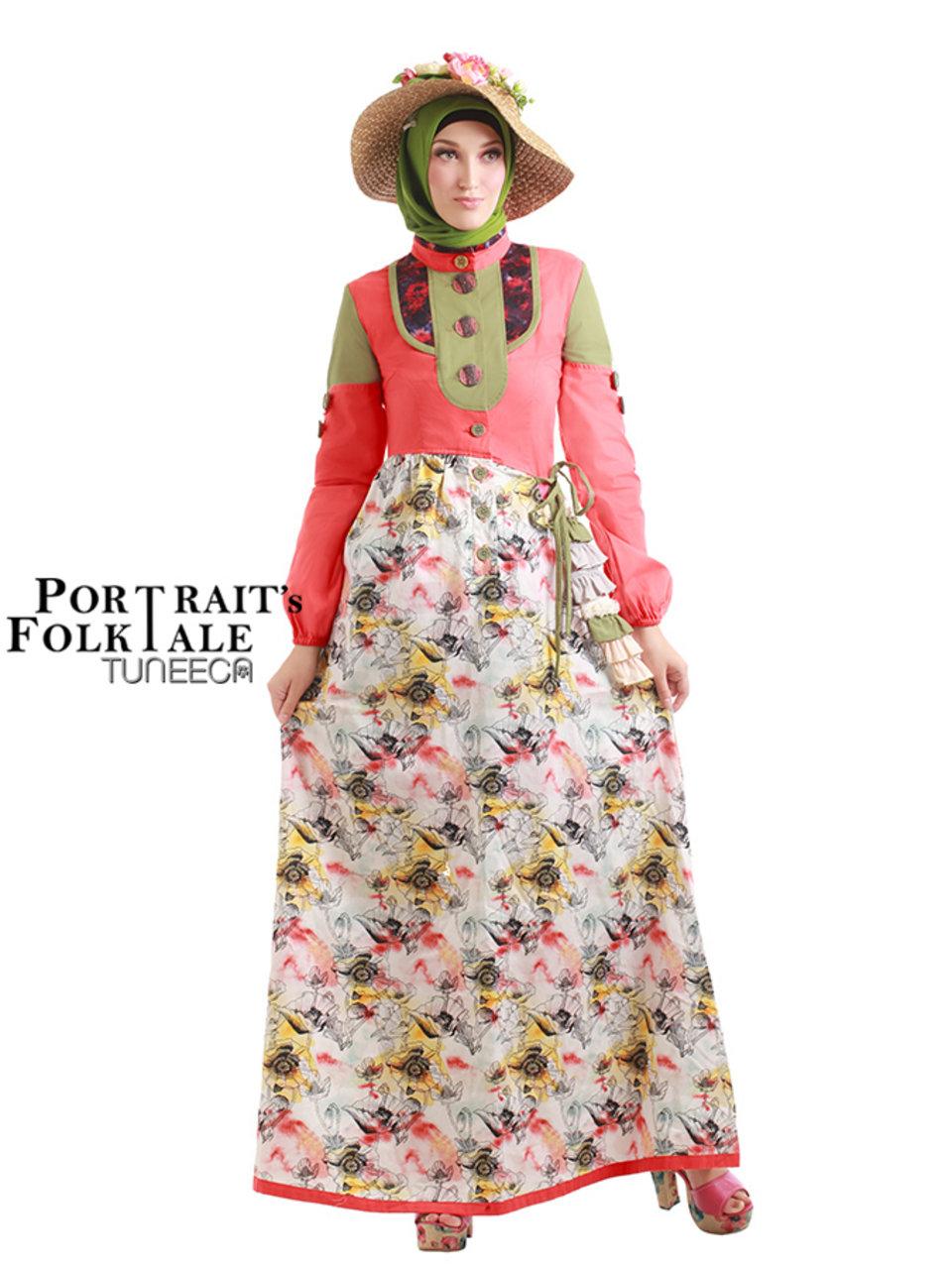 74 Princess in Vintage Gown (2)